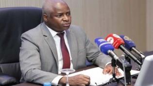Transportadoras aéreas em Angola vão ser obrigadas a fornecer dados de passageiros