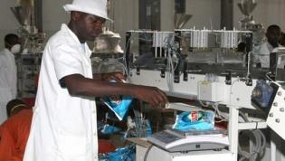 BFA melhora previsão de recessão económica para 2,5% em Angola no ano passado